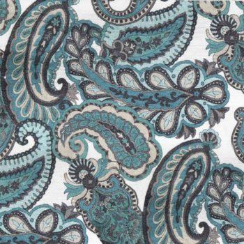 Бархатная ткань с крупным рисунком